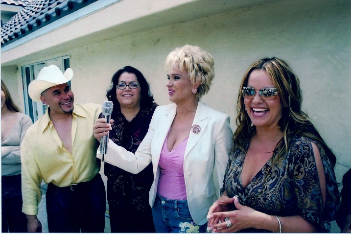 Charitin with Gustavo Rivera, Doña Rosa and Jenni (circa 2004)
